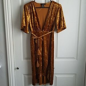 Forever 21 Gold Crushed Velvet Party dress